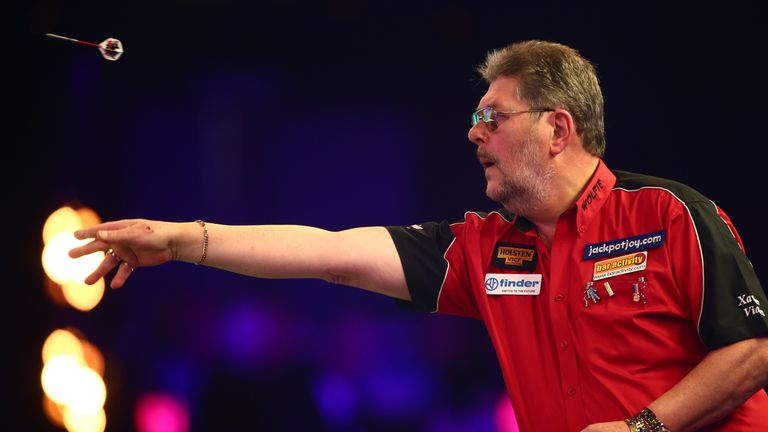 Martin Adams was taken to the limit by Ryan Joyce in the first round at Lakeside