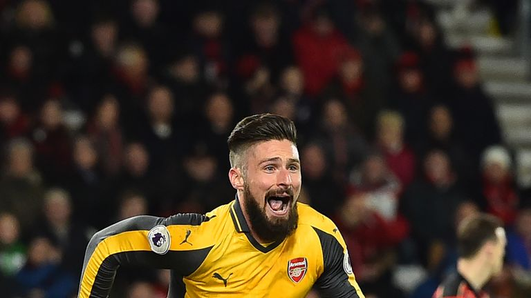 Olivier Giroud could soon extend his Arsenal contract
