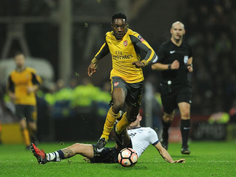 Wenger happy to have Welbeck back
