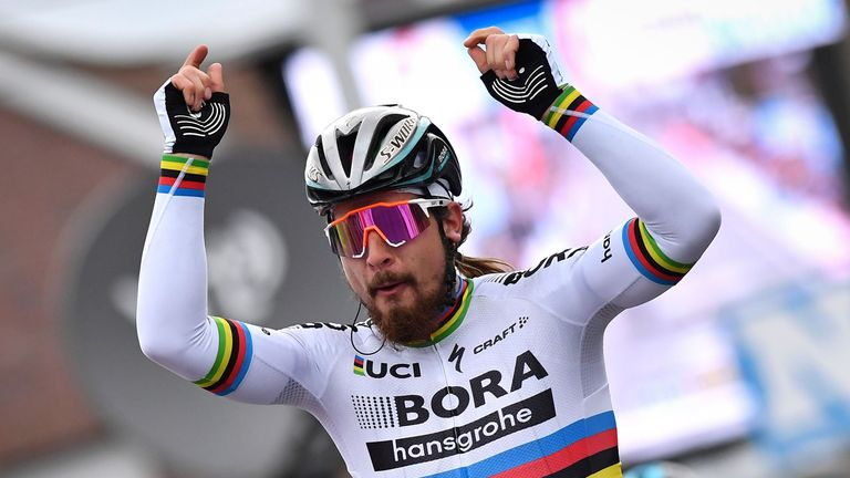 Peter Sagan will start the race in the world champion's rainbow jersey and hope to finish it in green for the sixth straight year