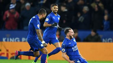 LEICESTER, ENGLAND - FEBRUARY 27:  Daniel Drinkwater of Leicester City celebrates with team mates after scoring his sides second goal during the Premier Le