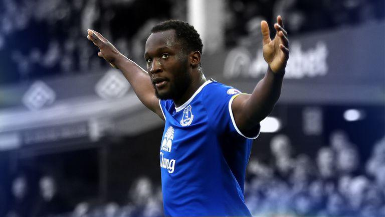 Romelu Lukaku celebrates scoring for Everton against Sunderland
