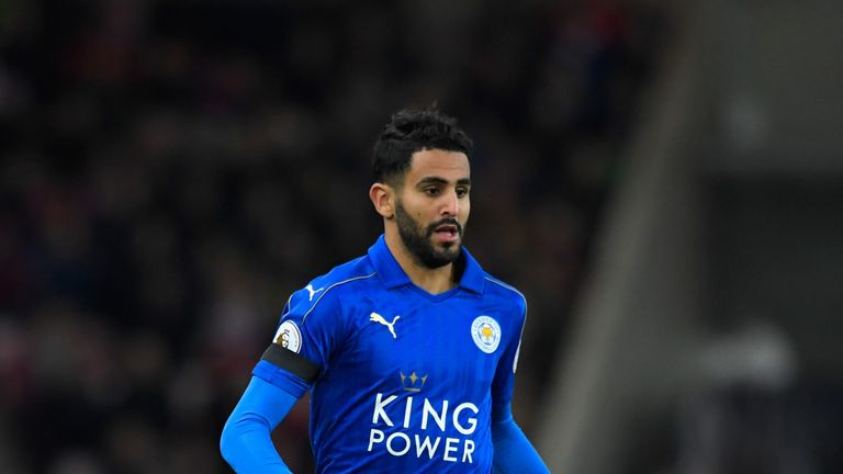SUNDERLAND, ENGLAND - DECEMBER 03:  Leicester player Riyad Mahrez in action during the Premier League match between Sunderland and Leicester City at Stadiu