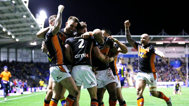 Castleford celebrate Greg Minikin's try against Warrington