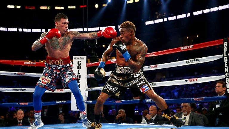 Willie Monroe Jr (R) defeated Gabriel Rosado in his last outing