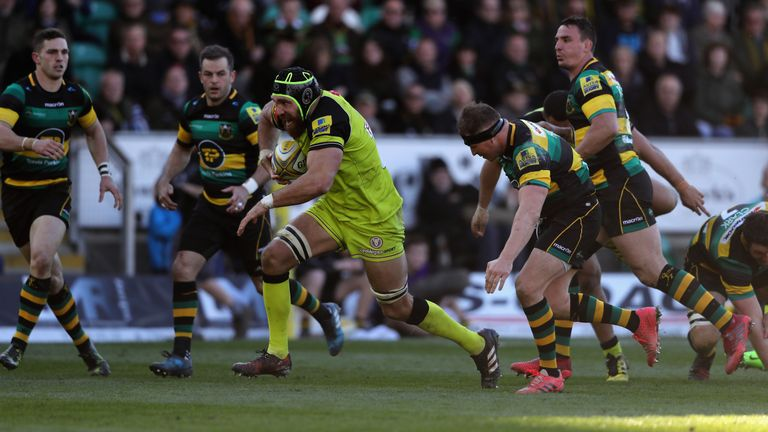 Graham Kitchener breaks with the ball for Leicester