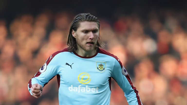 Jeff Hendrick could come in for Burnley on Tuesday