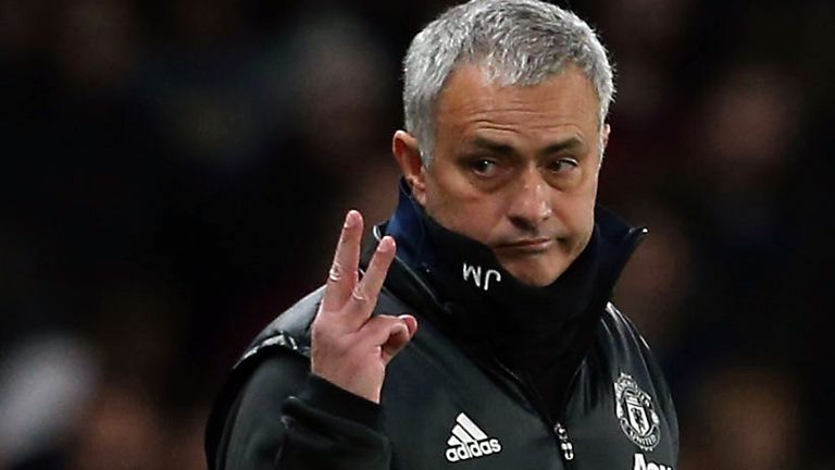 Mourinho hit back at Chelsea fans after Monday's game