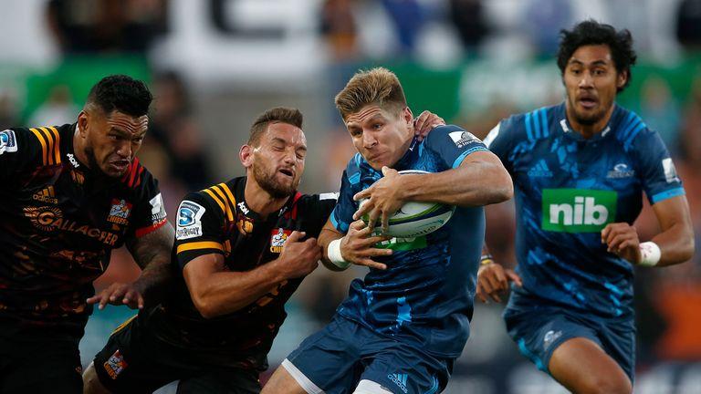 Piers Francis: Northampton Saints sign Auckland Blues fly-half