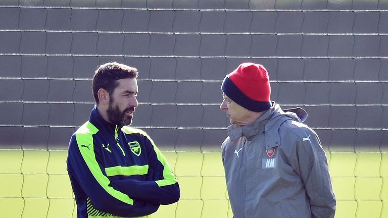 Arsene Wenger will sign new Arsenal deal, says former player Robert Pires