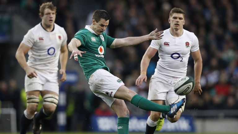 Johnny Sexton stood firm under pressure against England