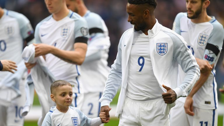 Bradley Lowery walked out at Wembley alongside his favourite Sunderland player, Jermain Defoe