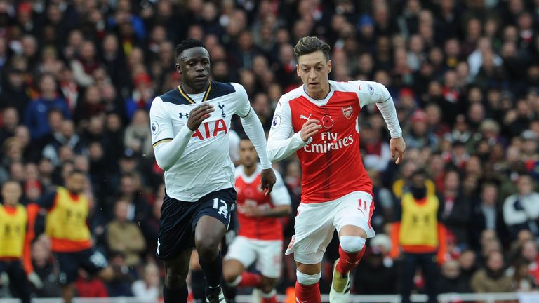 during the Premier League match between Arsenal and Tottenham Hotspur at Emirates Stadium on November 6, 2016 in London, England.