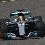 Chinese GP Qualifying: Lewis Hamilton claims Shanghai pole with 'champion's lap'