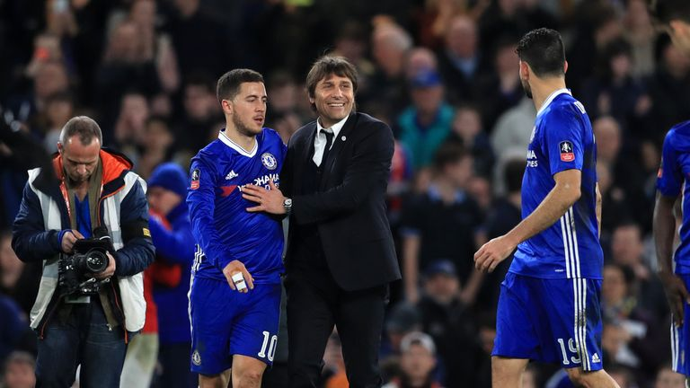 Antonio Conte says Eden Hazard should stay at an 'ambitious' Chelse