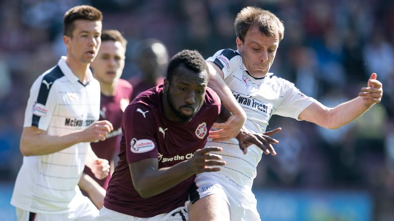 Esmael Goncalves struck the winner for Hearts against Dundee
