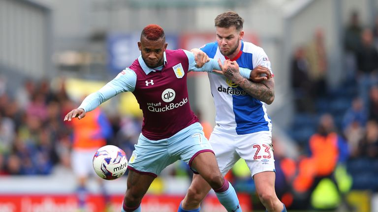 Leandro Bacuna: New Reading signing could face his former club