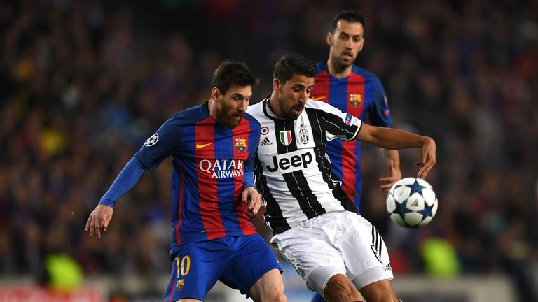 Lionel Messi missed two good chances for Barcelona at the Nou Camp