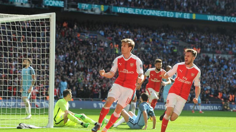 Arsenal beat Manchester City in FA Cup second semifinal