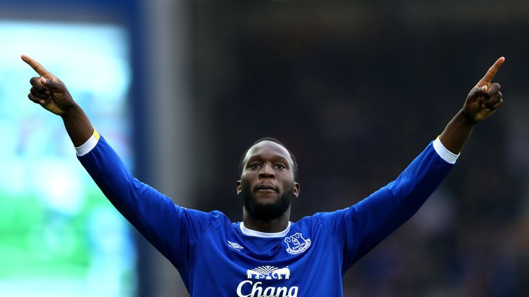 Romelu Lukaku leads the Premier League goalscoring charts