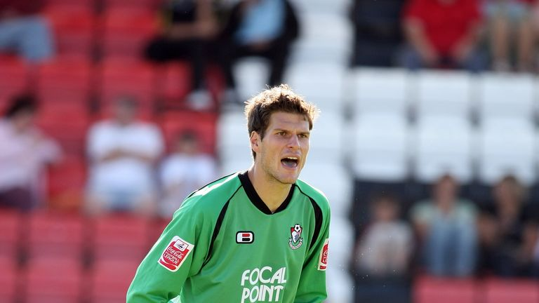 Begovic previously spent a spell on loan with the Cherries in 2007