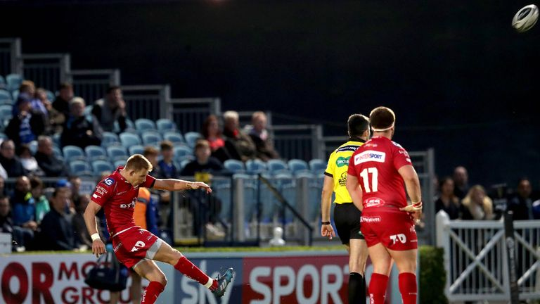 Liam Williams kicked two penalties to help seal the victory
