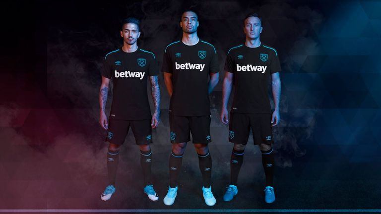 West Ham's new black away kit for the 2017/18 season (Credit: West Ham Twitter - @WestHamUtd)