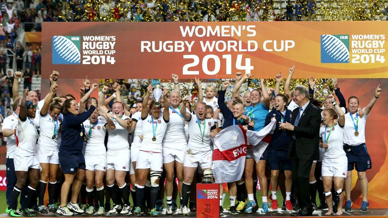 England celebrate after winning the IRB Women's Rugby World Cup 2014