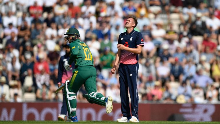 England bowler Jake Ball reacts as South Africa batsman Quinton de Kock hits a boundary during the 2nd Royal London One Day International