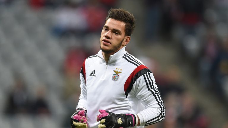 Benfica's Brazilian goalkeeper Ederson warms up prior  the Champions League quarterfinal, first-leg football match between Bayern Munich and SL Benfica