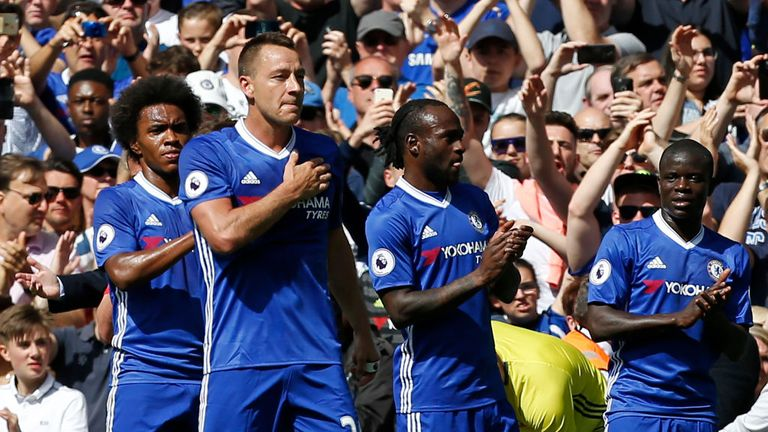 Chelsea's English defender John Terry gestures to the crowd as he is substituted off in the 26th minute during Chelsea and Sunderland on May 21, 2017.