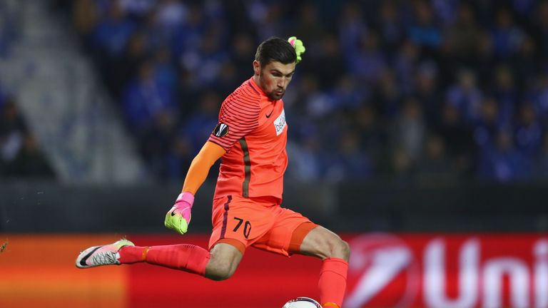 Australia keeper Mathew Ryan set to sign for Brighton