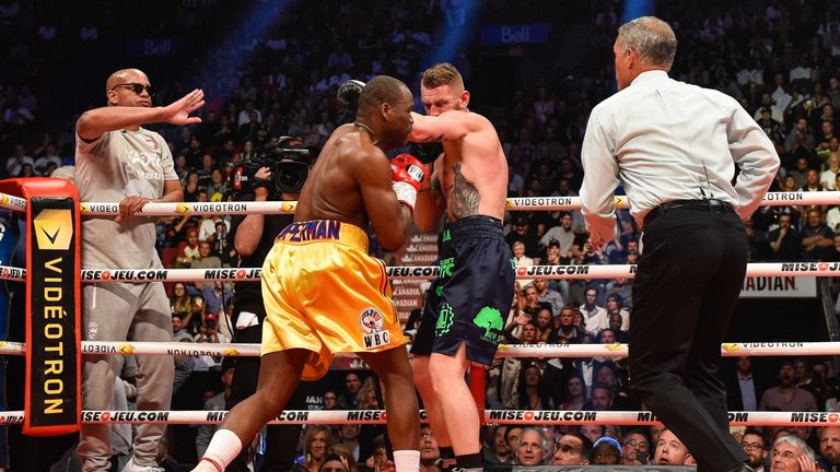Stevenson stops Andrzej Fonfara in the second round in his previous title defence