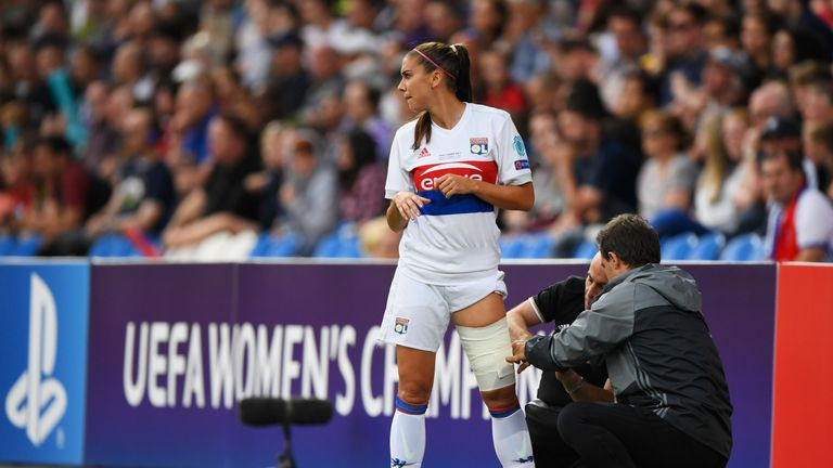 Alex Morgan goes off injured early on for Lyon