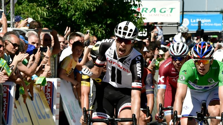 Porte throws down gauntlet to Froome in Dauphiné