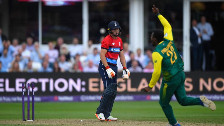 TAUNTON, ENGLAND - JUNE 23:  England batsman Jos Buttler is bowled by Andile Phehlukwayo during the 2nd NatWest T20 International between England and South