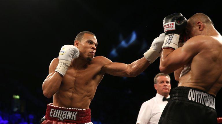 Chris Eubank jr (left) beat Arthur Abraham on a unamimous points decision