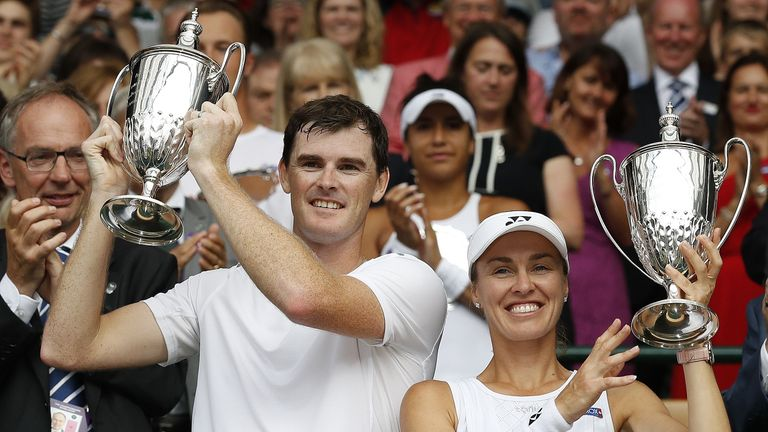 Jamie Murray and Martina Hingis celebrate winning the mixed doubles
