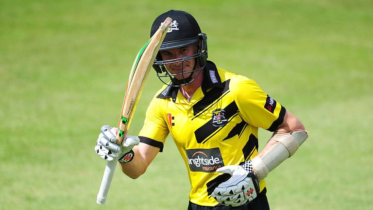 Michael Klinger's century could not prevent Gloucestershire from defeat to Hampshire