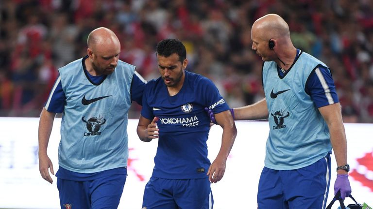 Pedro taken to hospital with suspected concussion after clash with David Ospina