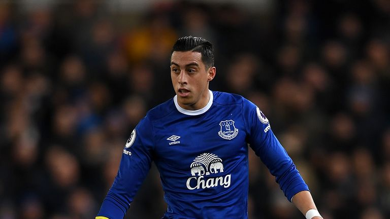 Everton's Funes Mori out for up to nine months