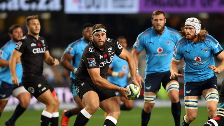 Thomas du Toit scored the Sharks' first try against the Bulls
