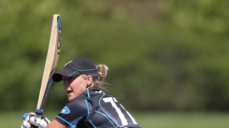 Sophie Devine smashed 93 from just 41 balls for New Zealand