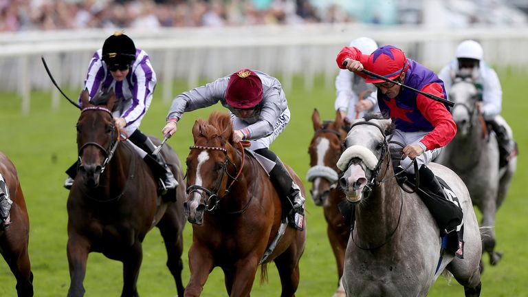 Success Days (R) ridden by Shane Foley  wins the Sky Bey York Stakes