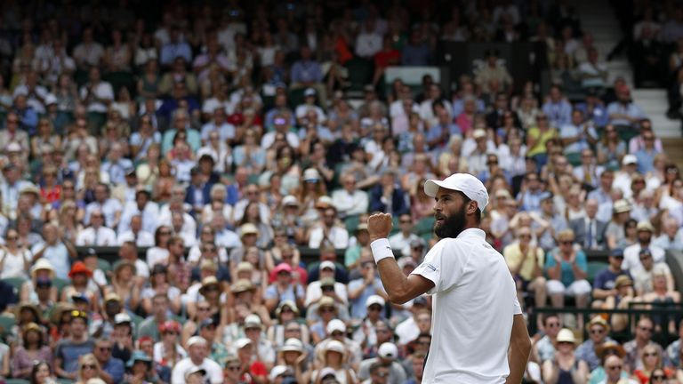 Paire proved to be an unorthodox test for Murray