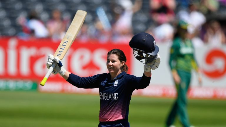 BRISTOL, ENGLAND - JULY 05:  England batsman Tammy Beaumont celebrates her century during the ICC Women's World Cup 2017 match between England and South Af