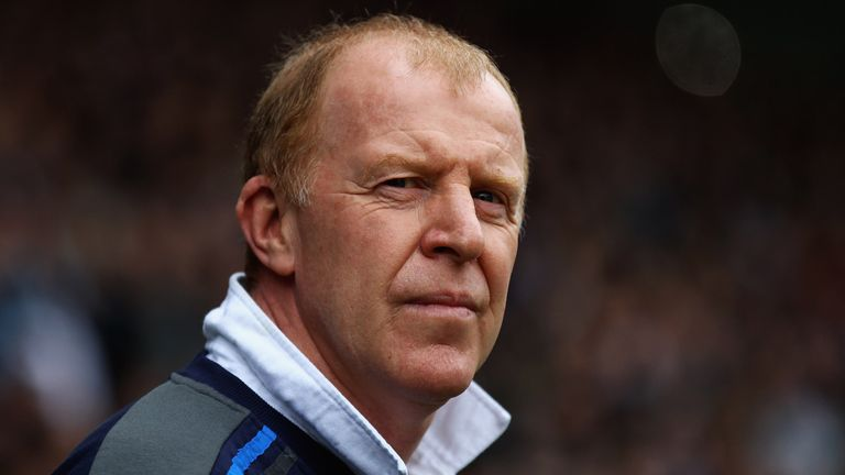 SHEFFIELD, ENGLAND - FEBRUARY 26:  Gary Megson, manager of Sheffield Wednesday looks on during the npower League One match