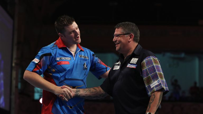 Daryl Gurney beats Gary Anderson at the World Matchplay