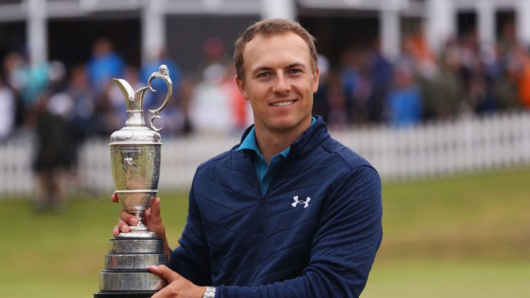 SOUTHPORT, ENGLAND - JULY 23:  Jordan Spieth of the United States celebrates victory as he poses with the Claret Jug on the 18th green during the final rou
