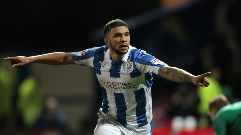 Burnley agree fee with Huddersfield for Nahki Wells